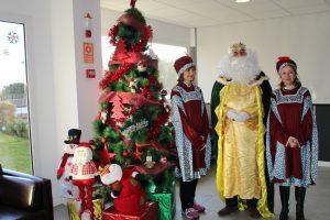 El pasado 21 de Diciembre nos visito en el Colegio Su Majestad el Rey Melchor